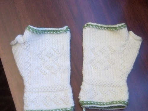 Twined Mitts
