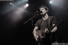 Photo: Seth Lakeman playing at Shepherd's Bush Academy on the 12th December 2009