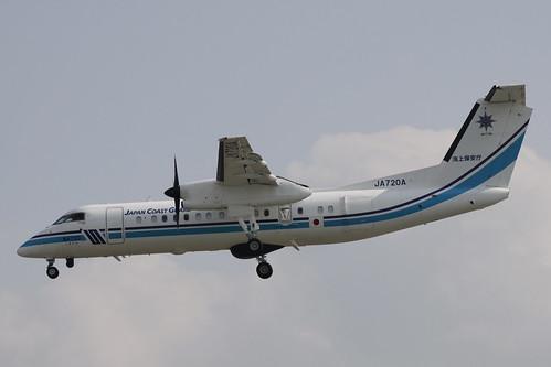 Japan Coast Guard, Bombardier DHC8-300(JA720A)