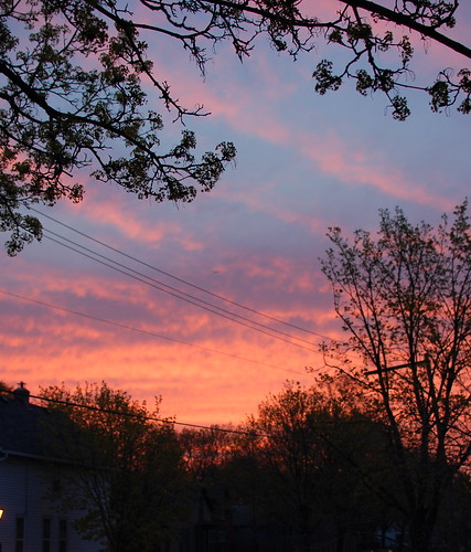 104.365 red sky at morning