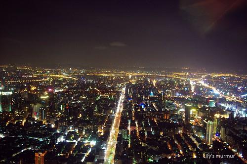 101 85大樓窗外夜景