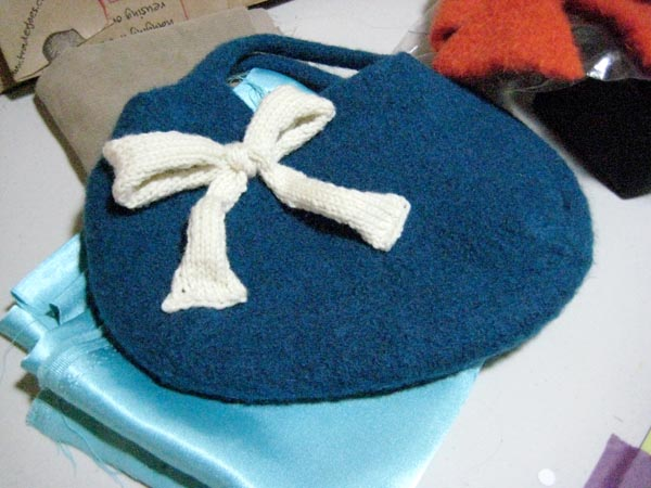 New Felted Purse inspired by Breakfast at Tiffany's