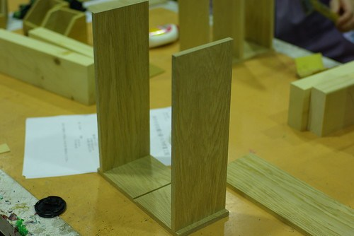 木の小さな棚と箱作り①