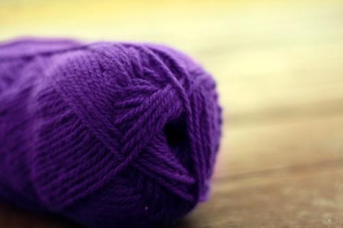 purple yarn so vivid
