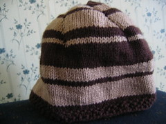 brown stripey hat