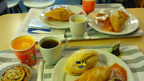 A Spanish-Swedish breakfast at Ikea