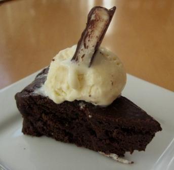 gluten-free peppermint pattie cake
