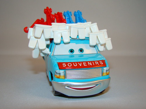 disney cars toon buck the tooth vendor (5)