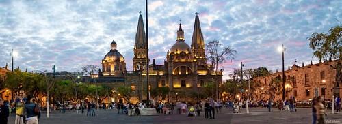 Plaza Liberacion con fondo Catedral