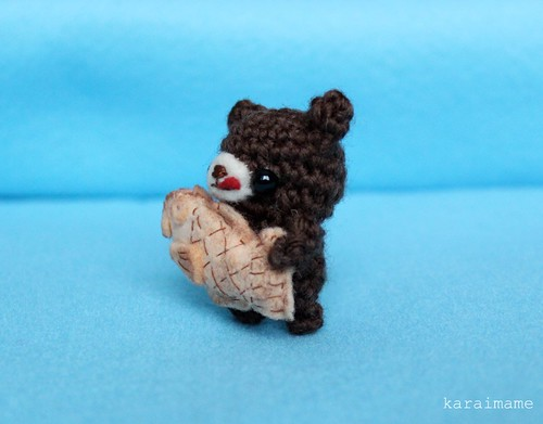 Little amigurumi bear and taiyaki