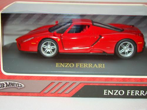 HWS 143 Enzo Ferrari (2)