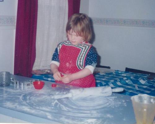 Elise baking