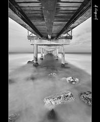 Under the Bridge (30 seconds)