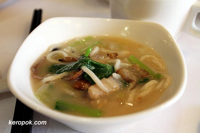 Pu Tien Lor Mee