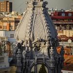 "Madrid. Look up! <a style=""margin-left:10px; font-size:0.8em;"" href=""http://www.flickr.com/photos/94413937@N03/33651492251/"" target=""_blank"">@flickr</a>"