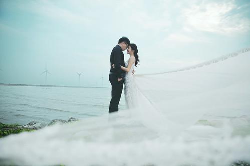 Pre-Wedding [ 中部婚紗 – 森林草原系列海邊 ] 婚紗影像 20160811 - 26