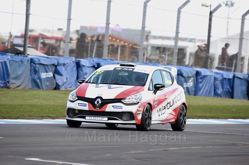 Nathan Harrison in Clio Cup qualifying during the BTCC Weekend at Donington Park 2017: Saturday, 15th April
