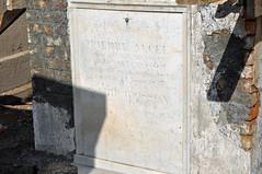 Arnoult tomb