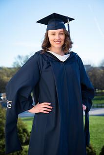 Tessa | Graduation Portraits @ The Lincoln Memorial