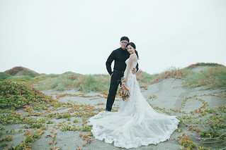 Pre-Wedding [ 中部婚紗 – 森林草原系列海邊 ] 婚紗影像 20160811 - 21