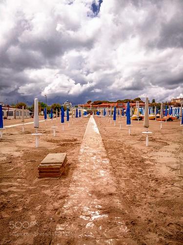 ifttt 500px sky sea beach travel clouds italy sand italia storm emiliaromagna test mobile mare phone riccione phoneography mx4 meizu spiaggia