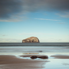 "Bass Rock from Seacliffe II, East Lothian • <a style=""font-size:0.8em;"" href=""http://www.flickr.com/photos/26440756@N06/10826838734/"" target=""_blank"">View on Flickr</a>"