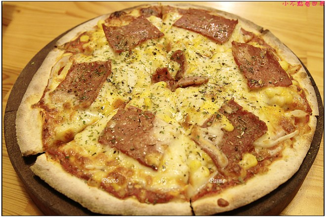 中壢中原monkey in rain pizza (27).JPG