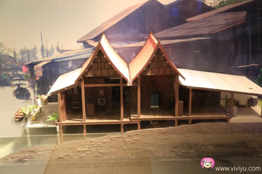 [泰國.景點]郊區一日遊~美功鐵道市集+哥德式古老教堂+泰式甜點博物館+皇室藝術公園+搭乘傳統手搖船遊美功河 @VIVIYU小世界