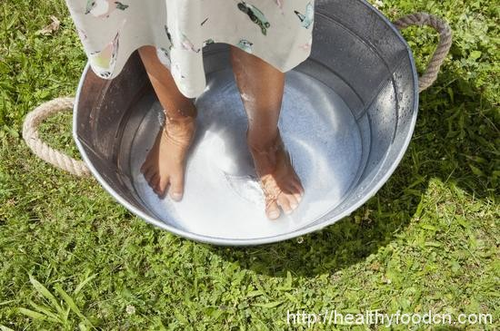 Live Healthy  Feet of water add a whole body benefit 34365465955_e818ab0b5f_o