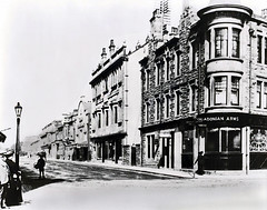 "Bank Street/High Street Junction (circa 1900?) • <a style=""font-size:0.8em;"" href=""http://www.flickr.com/photos/36664261@N05/14219106146/"" target=""_blank"">View on Flickr</a>"