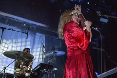 """Austra - Sala Apolo, abril 2017 - 6 - M63C1989 • <a style=""""font-size:0.8em;"""" href=""""http://www.flickr.com/photos/10290099@N07/33992334685/"""" target=""""_blank"""">View on Flickr</a>"""