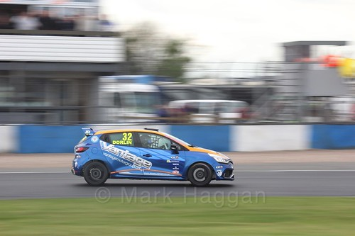 James Dorlin in Renault Clio Cup Race Three at the British Touring Car Championship 2017 at Donington Park