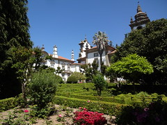 Manicured gardens at Casa de Mateus