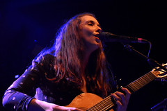 "Lisa Hannigan • <a style=""font-size:0.8em;"" href=""http://www.flickr.com/photos/10290099@N07/33336959033/"" target=""_blank"">View on Flickr</a>"