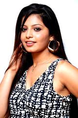Indian Actress DISHA POOVAIAH Hot Photos Set-1 (26)