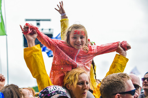 Kids down at the front of the Pyramid Stage for Jess Glynn - Glastonbury Festival (Friday) - Sara Bowrey-1