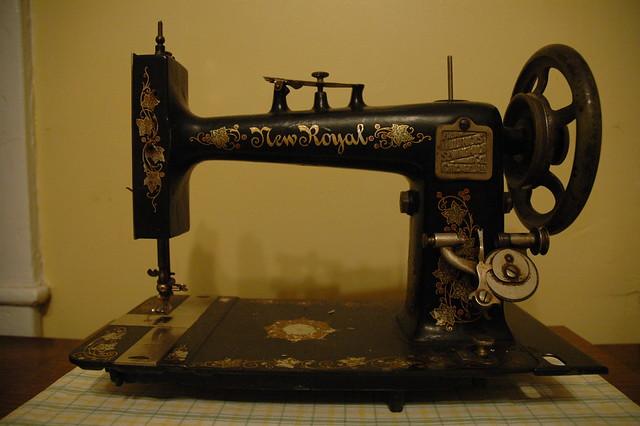 Illinois Sewing Machine