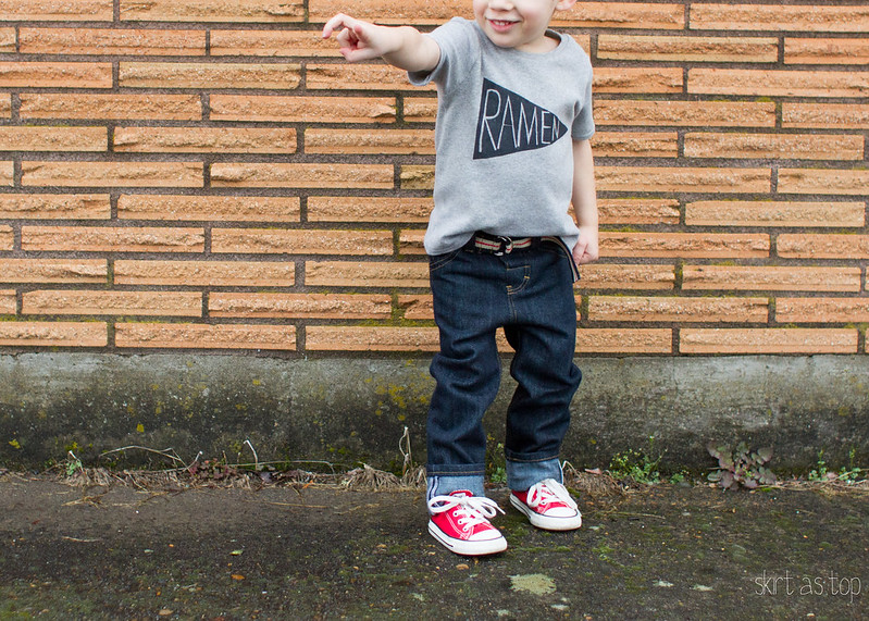 small fry skinny jeans and ramen tee