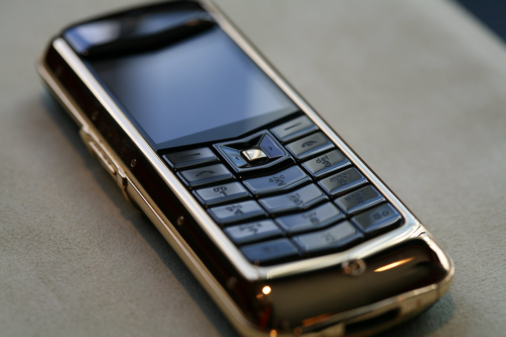 18k Gold Vertu Constellation Cellphone