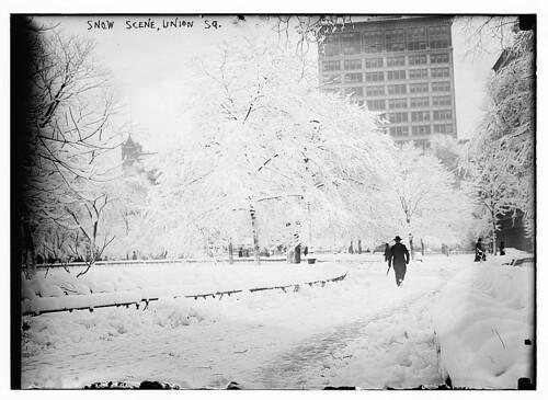 Snow scene, Union Sq. (LOC)