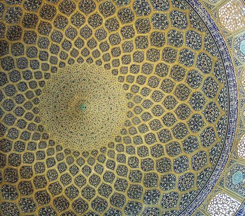 dome, lotfollah mosque, isfahan oct. 2007