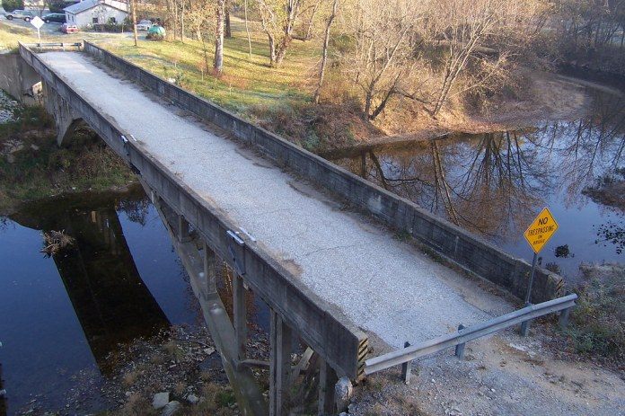 Bridge along the National Road, Reelsville
