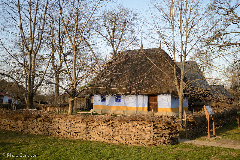 casa din judetul Alba, secolul XIX. 19th century household in Romania