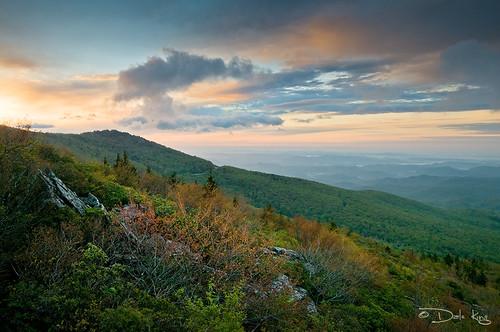 5739586813_caa6e84d7d Amazing Mountain photos - Emerald Ridge