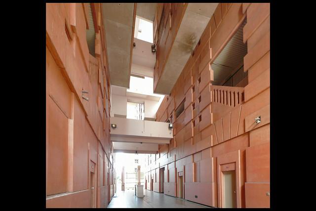 Living at the Palacio d'Abraxas: A Life Changing Experience (6/6)