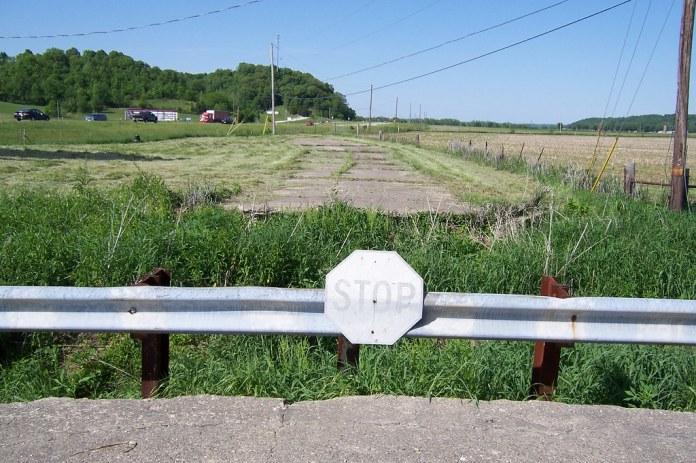 Abandoned SR 37