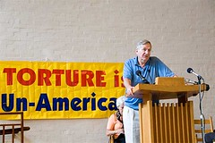 Seymour Hersh speaks against torture at the WRRCAT symposium
