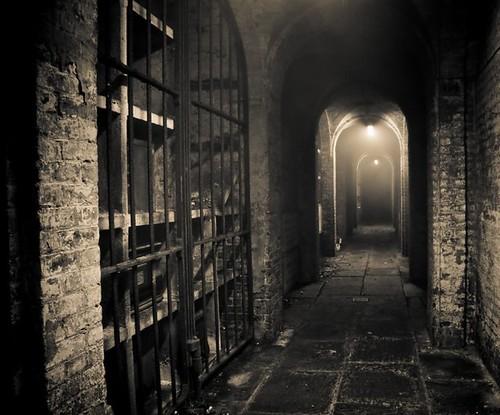 Catacomb passage
