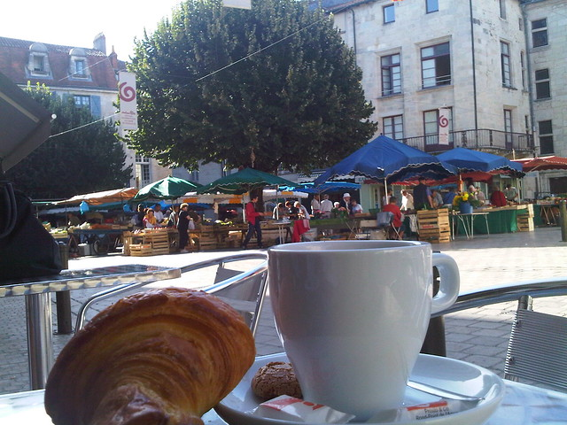 Breakfast on the market square in Périgueux, Dordogne