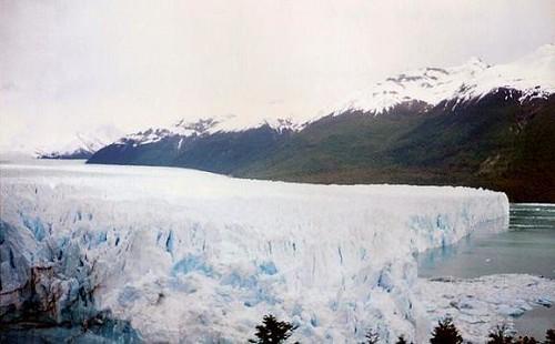 Glaciar PERITO MORENO GLACIER, Los Glaciares National Park in the Santa Cruz province, Argentina .......................... Original = (2808 x 1726)